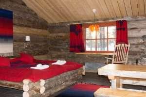 Wooden log cabin in Kakslauttanen