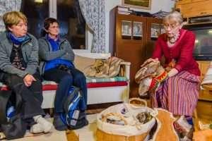 Do yourself Sami handicrafts in Inari